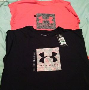 Ladies Underarmour tees size large